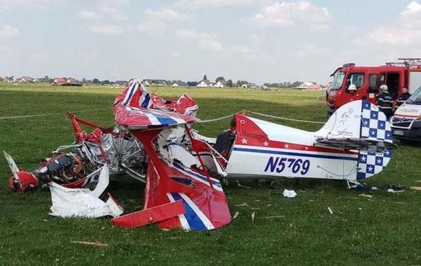 У Румунії зіткнулися два легкомоторні літаки, є жертви
