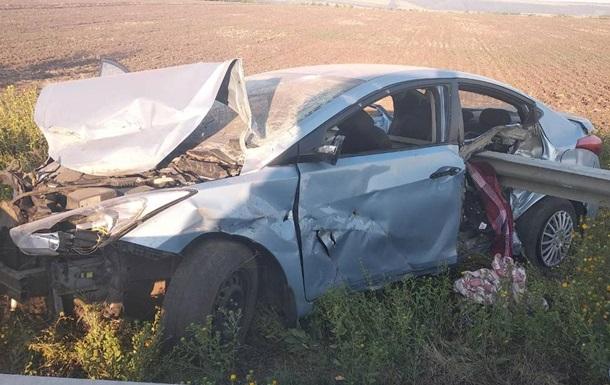 В Одеській області машина нанизалася на відбійник, загинула дитина