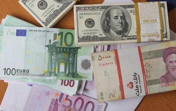 Іран полегшує валютні операції, щоб протистояти санкціям США