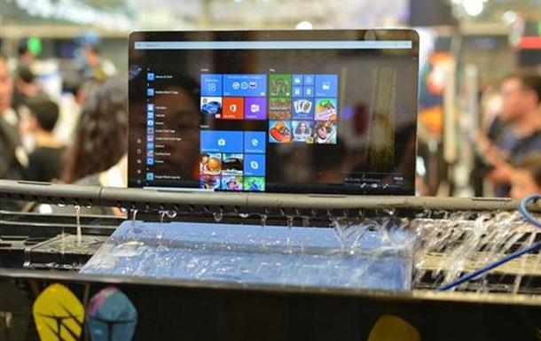 Представлений перший водонепроникний ноутбук