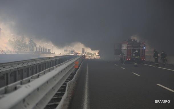 З явилося відео вибуху автоцистерни в італійській Болоньї