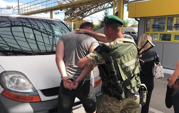 Волинянин намагався вивезти дівчат до Польщі для сексуальної експлуатації