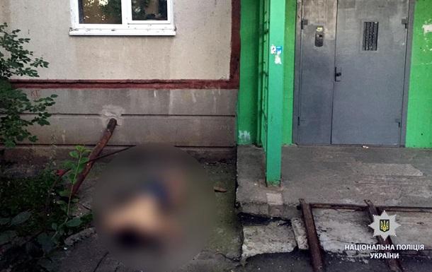 У Харкові студент із Сирії викинувся з вікна квартири і загинув