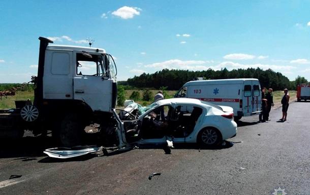 Двоє дітей загинули в ДТП з вантажівкою на Херсонщині