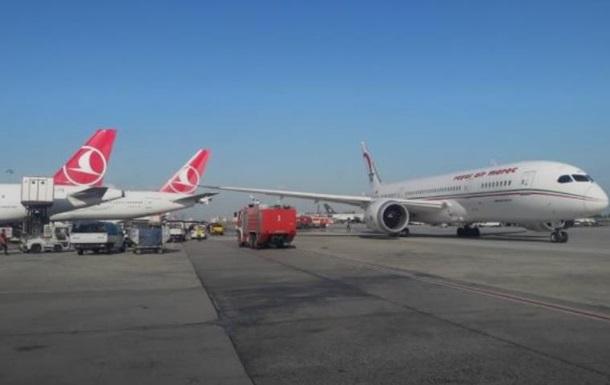 У турецькому аеропорту зіткнулися літаки