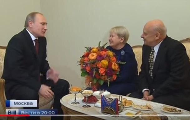 Композитор Пахмутова потрапила в базу Миротворця