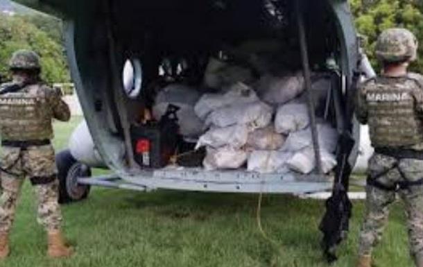 У Мексиці конфіскували майже дві тонни кокаїну