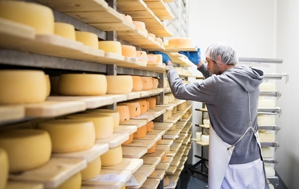 Україна збільшила імпорт сирів на 30%