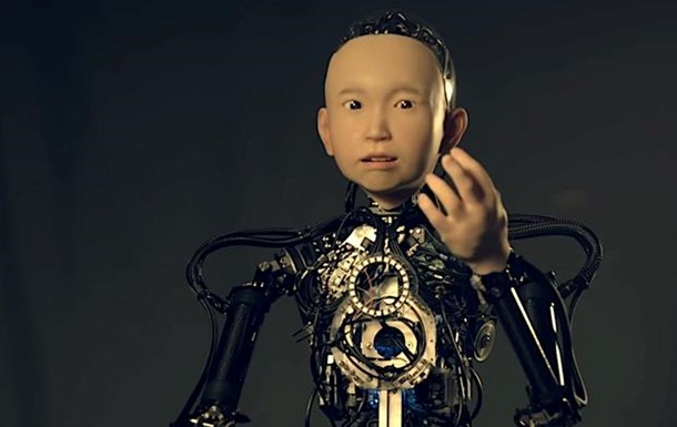 Японський професор показав реалістичного андроїда