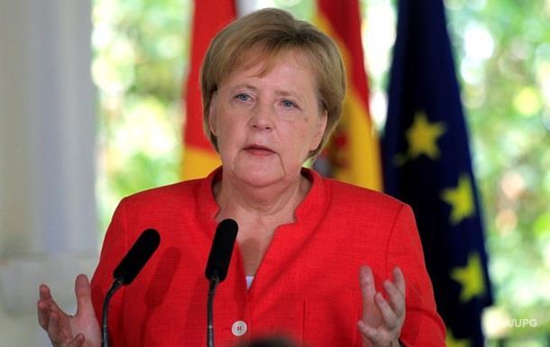 Меркель: Угода за мігрантів - нежиттєздатна