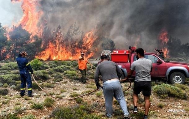Пожежі в Греції: число жертв наближається до сотні