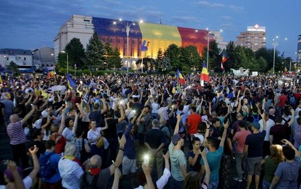 У Бухаресті тривають акції протесту за відставку уряду