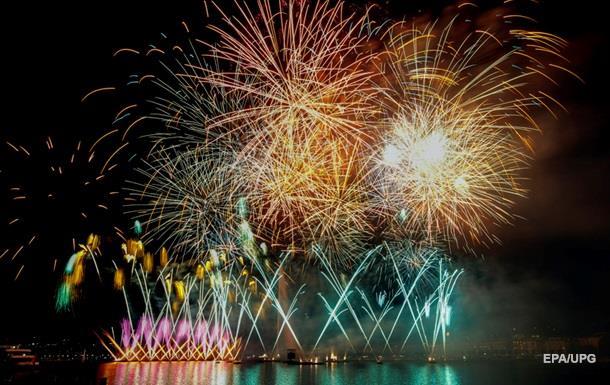 У Швейцарії відбувся фестиваль феєрверків