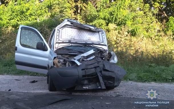 У Вінницькій області в ДТП постраждали п ятеро людей