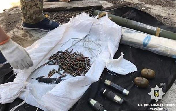 У жителя Дніпропетровської області знайшли вдома гранатомети