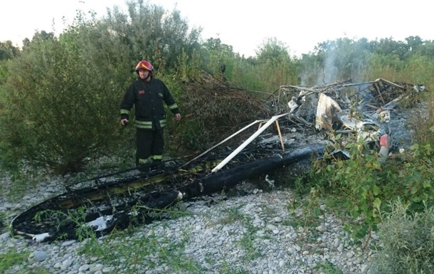 В Італії легкомоторний літак зачепив дроти ЛЕП: є жертви