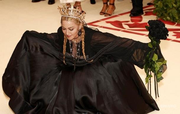 Мадонна опублікувала відео секретного виступу