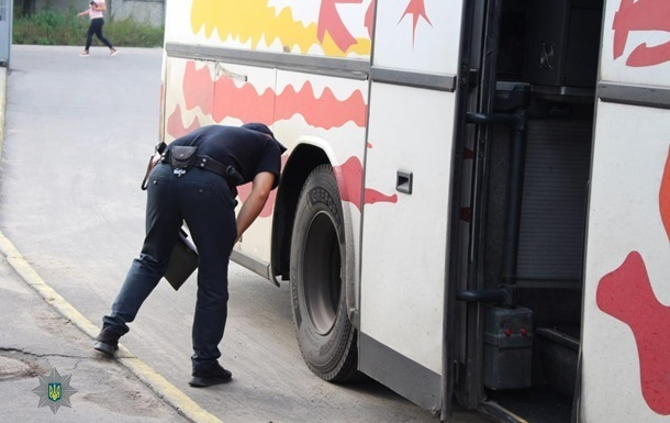В Україні заборонять автобуси без ременів безпеки