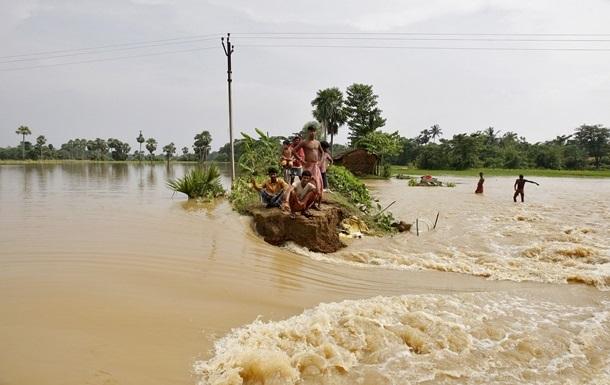 Повені в Індії: кількість загиблих перевищила 400 осіб