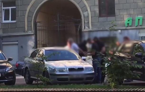 У Львові капітан поліції покривав крадіїв