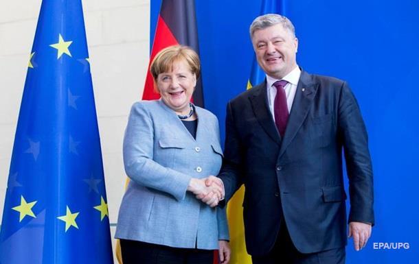 Меркель розповіла Порошенку про зустріч з Путіним