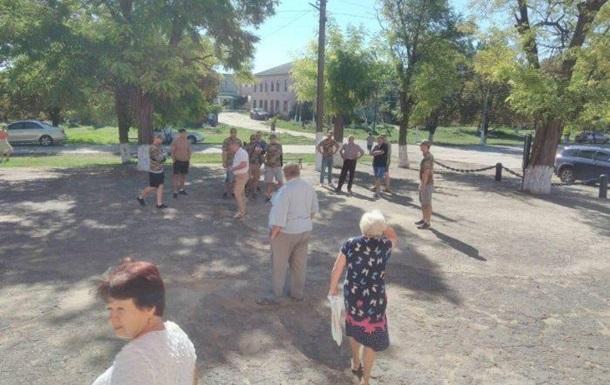 В Одеській області облили зеленкою голову громади