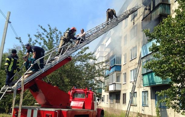 У Донецькій області горів багатоповерховий будинок, є жертви
