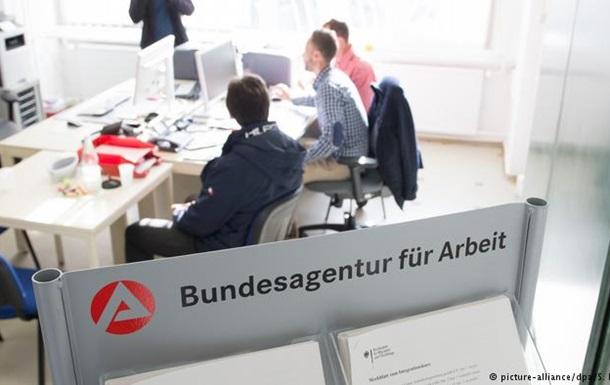Німеччина: біженці добре інтегрувалися у ринок праці