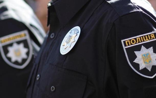 У Черкасах чоловік побив поліцейського