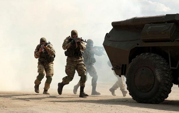 Порошенко назвав втрати сепаратистів у ході атаки на позиції ЗСУ