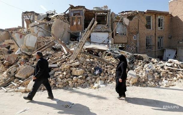 Землетрясение в Иране: пострадавших более 250