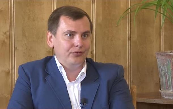 В Україну з  ДНР  доставили  міністра культури