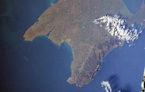 У Криму повітря забруднили невідомою речовиною