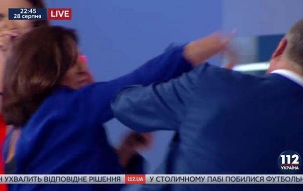 Колишні депутати влаштували бійку в прямому ефірі