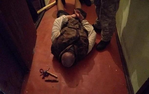 В Киеве спецназ штурмовал квартиру с заложниками