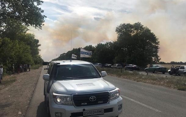 На Донбасі горять мінні поля, не працюють КПП