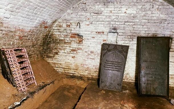 У Сумській області знайшли склеп директора порохового заводу