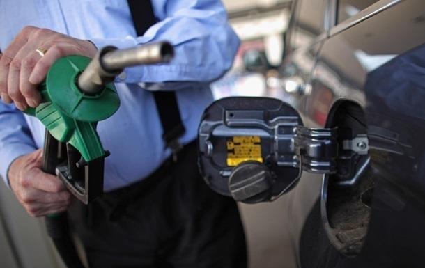 В Украине поднялись цены на бензин
