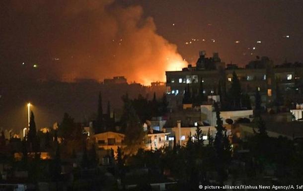Авіабазу під Дамаском струсонули потужні вибухи