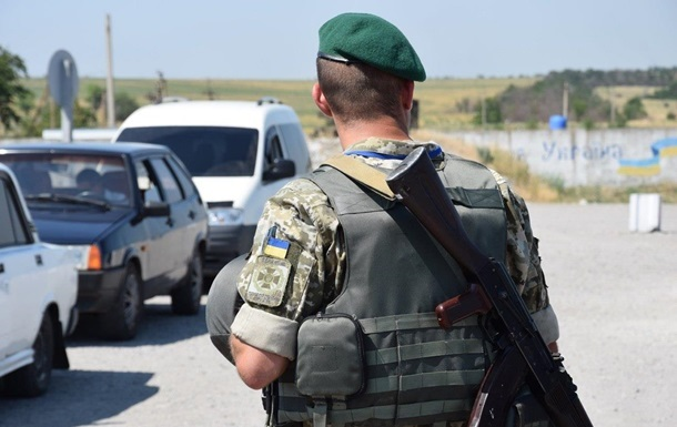 КПП Станиця Луганська закрили на ремонт