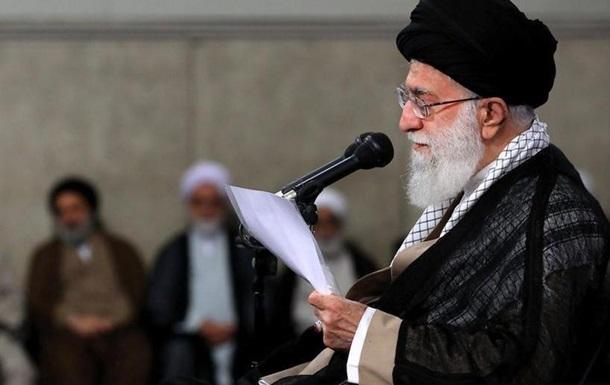 Хаменеї закликав іранську армію підвищувати обороноздатність