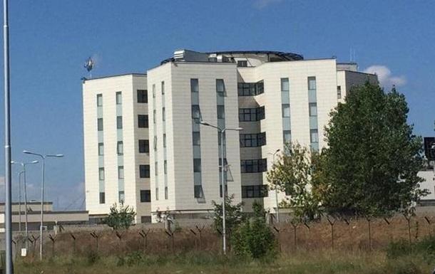 У Косові в будівлі розвідагентства сталася стрілянина, є жертви