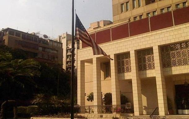У Єгипті біля посольства США прогримів вибух