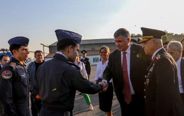 Україна починає розгортати систему авіабезпеки - Аваков