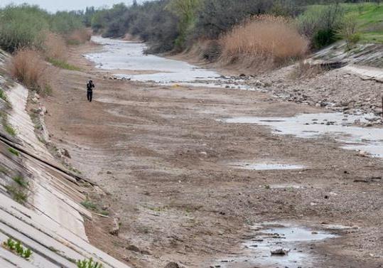 Загрязнение в Крыму: надо ли возобновлять поставки воды