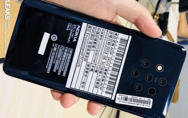 Смартфон Nokia з п ятьма камерами показали на фото
