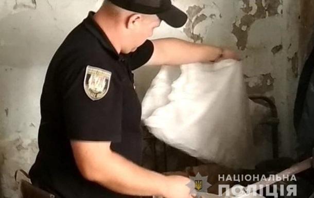 У Луганській області поліцейські вилучили в жінки гранатомет