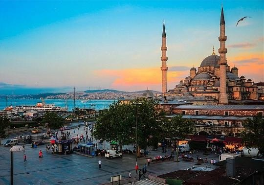 Турция: инвесторы тянутся к Анкаре даже в  кризис