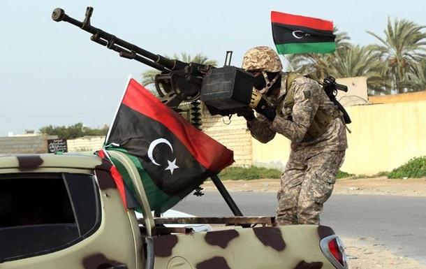 У Триполі збройні угруповання намагаються врятувати перемир я