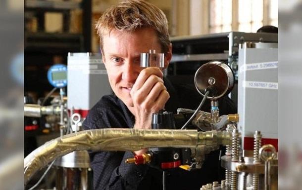 В Австралії створили надточний вічний годинник